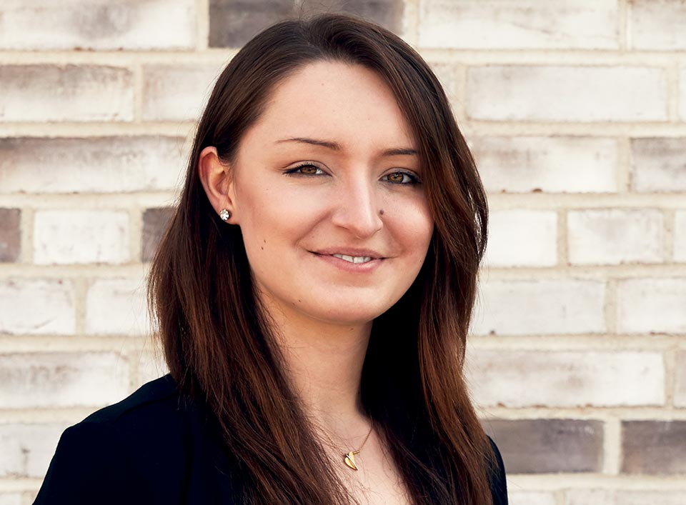 Juliane Tairovic | Steuerfachangestellte